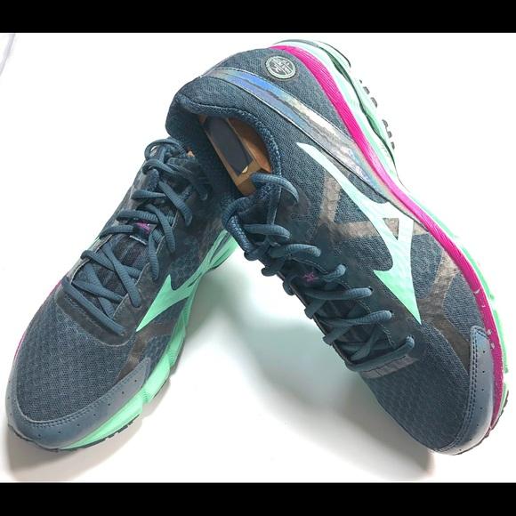 sale retailer 2336b a70e9 MIZUNO WAVE RIDER 17 Sz 11.5 Women's Running Shoes